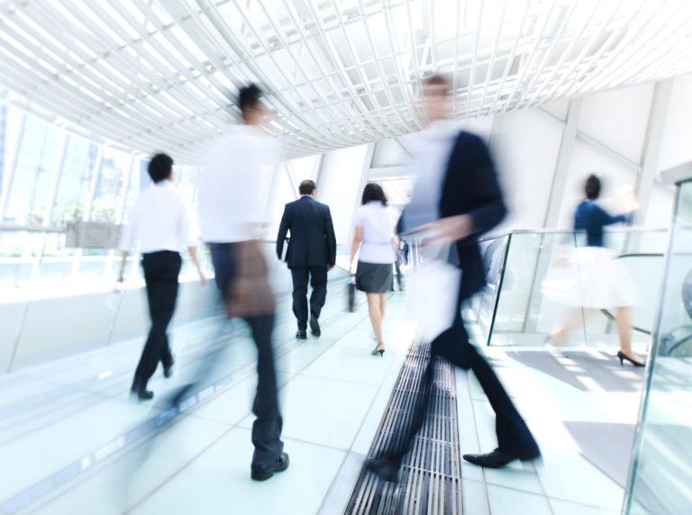 会社関係人物の素行調査